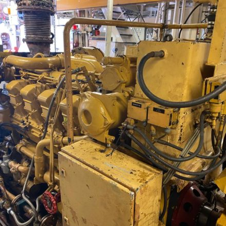 Caterpillar 3508 engine installation